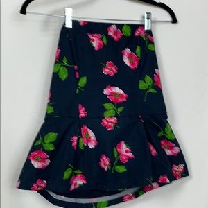 Hollister size Lg. Strapless top with elastic